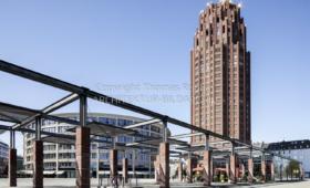 Wohnhochhaus Main-Plaza und Bürogebäude Coloseo Frankfurt am Main